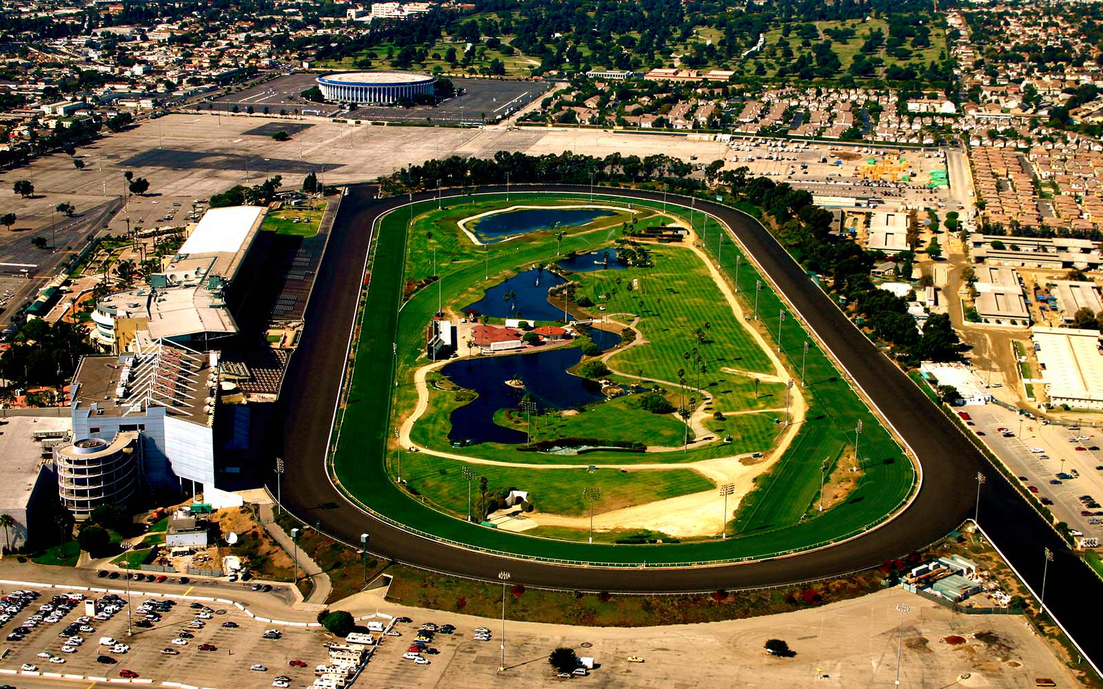 hollywood-park41689475