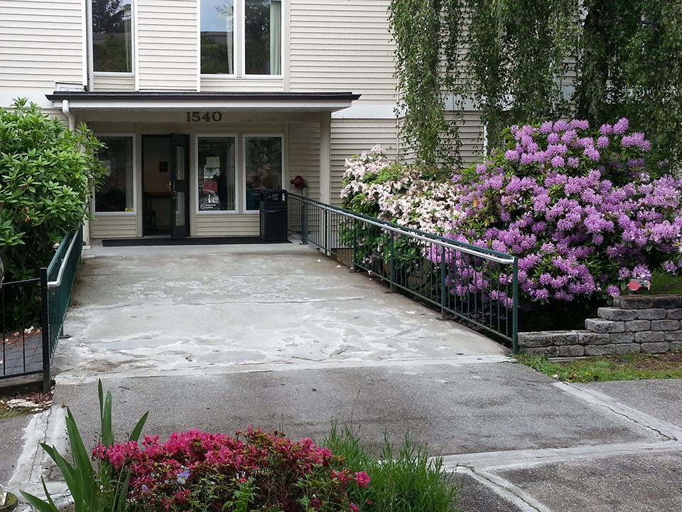 Northridge Apartments, Shoreline